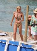 Nell Mcandrew photo